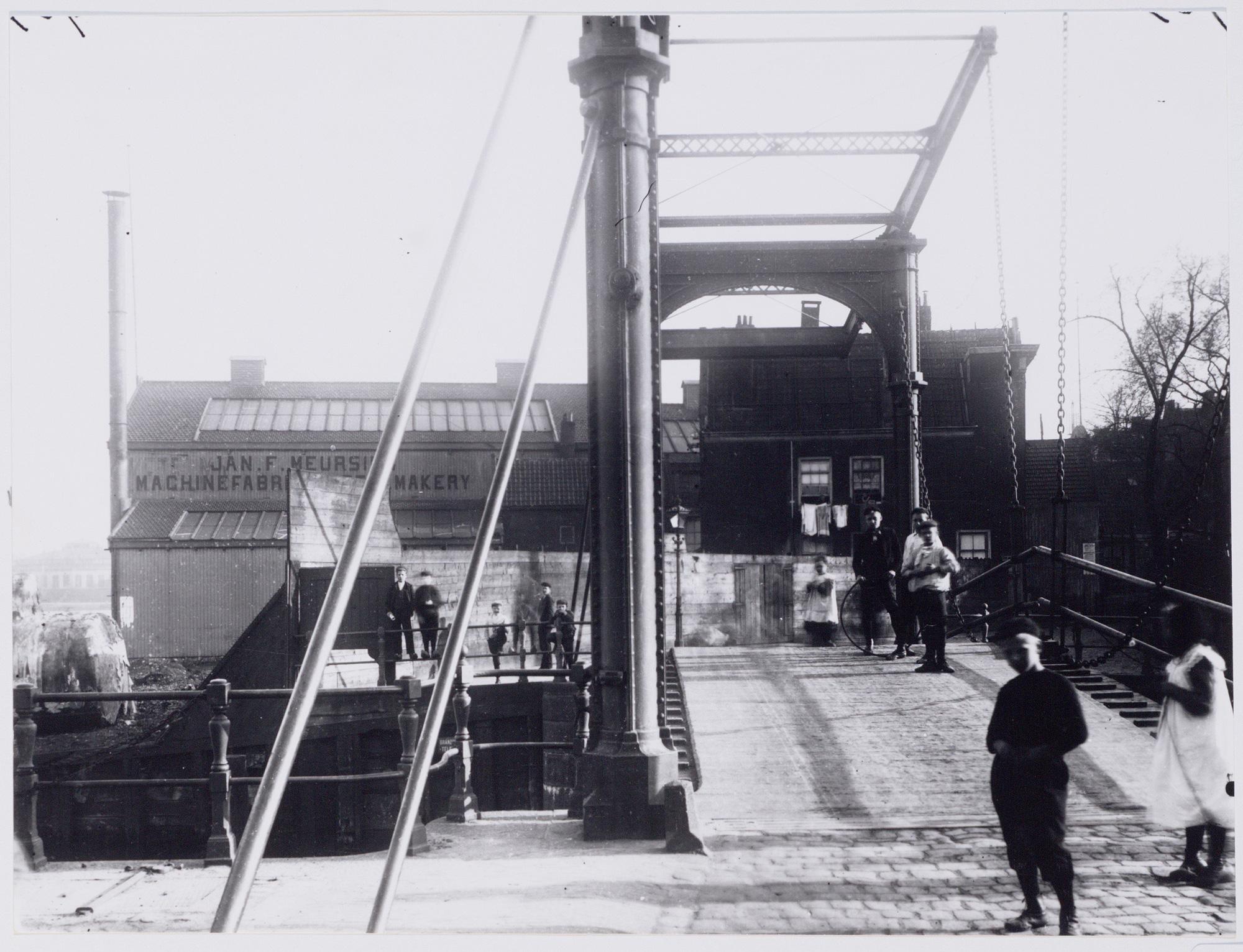 Scheepstimmerwerf De Nachtegaal gezien vanaf de Zandhoek, 1910