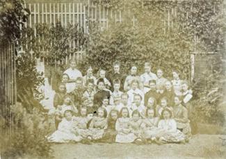 School van Toos in Arnhem