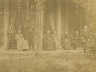 Familie Korthals Altes op de veranda van Casa Cara