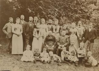 Groepsfoto familie Korthals Altes